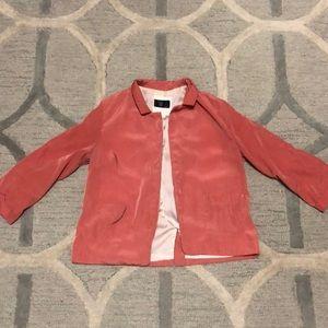 Pink quarter sleeve cropped blazer.